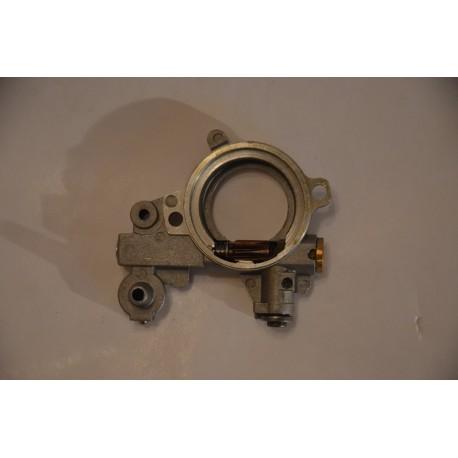 Pompka oleju do pilarki STIHL 046 / MS 460 / MS 441